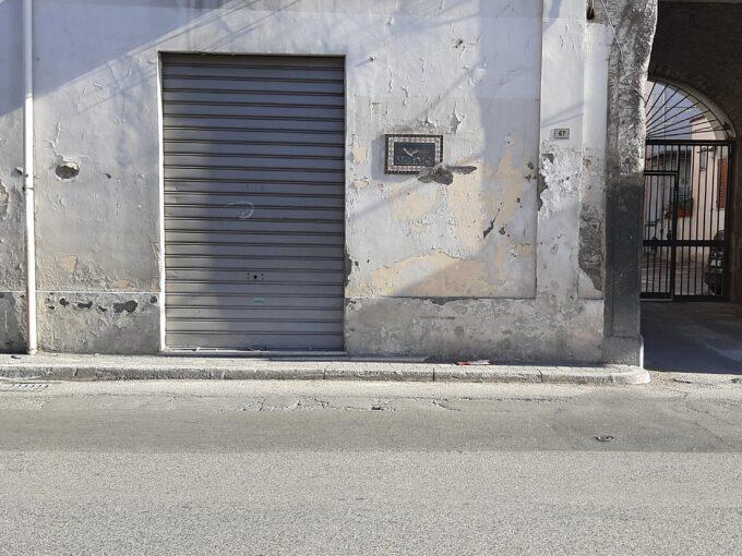Locale commerciale in vendita ad Angri via Dei Goti