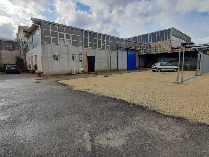 Capannone industriale in affitto ad Angri via Palmentello