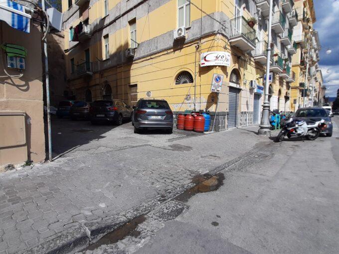 Monolocale in vendita a Salerno via Porto