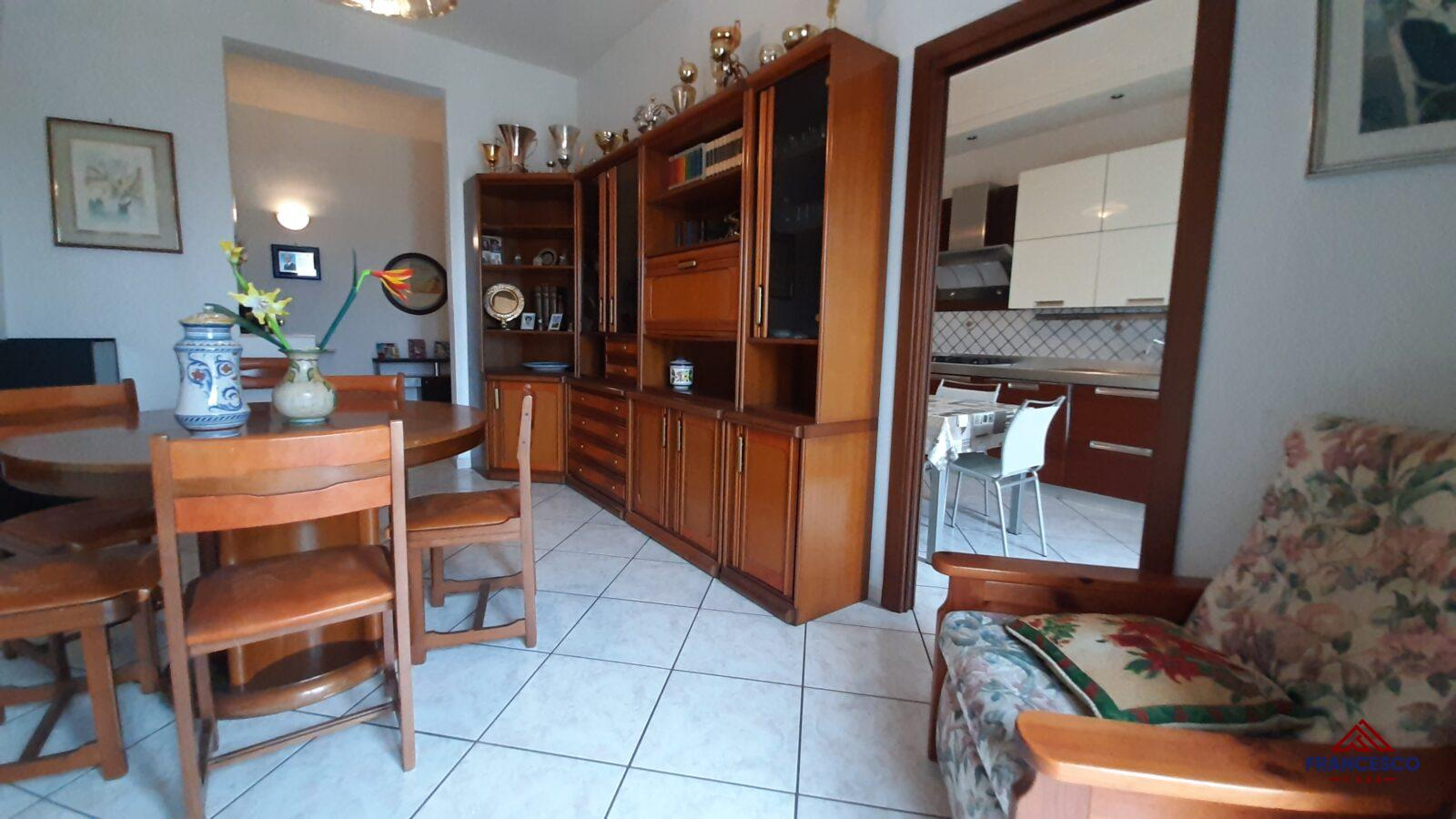 Appartamento in vendita ad Angri via Perris